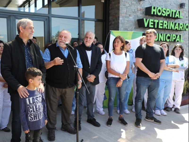 Inauguran hospital veterinario municipal